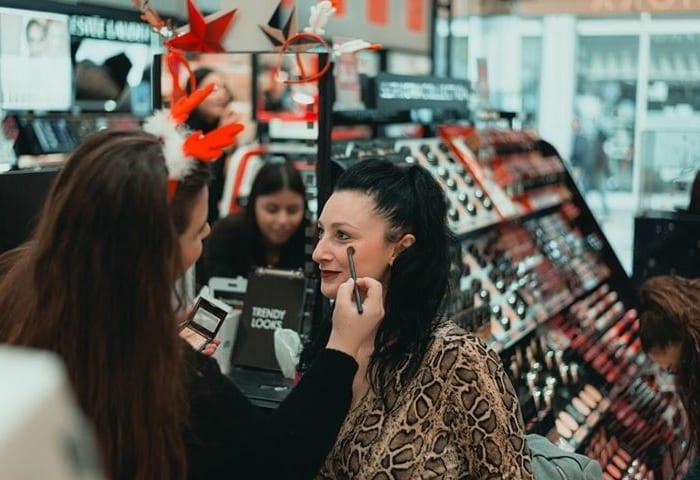 Μπορεί επίσης να σας αρέσει. Μια περιποίηση από τα Sephora είναι πάντα  ευπρόσδεκτη για να ξεκινήσει καλά η μέρα! 003a8c68f15