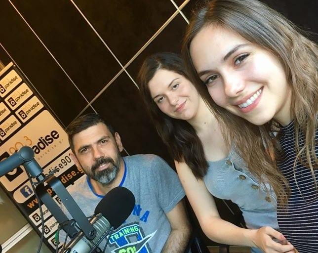 Οι νικήτριες του φοιτητικού διαγωνισμού Mindspace η Elpida Karapepera και η Εύη Αλβανάκη στον…